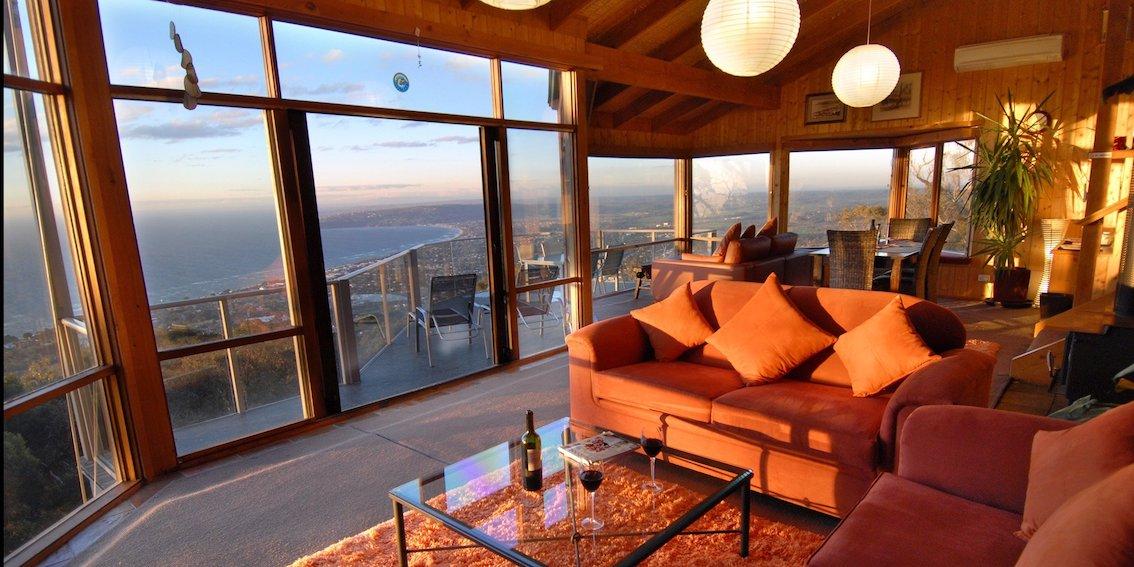 summit-views-arthurs-seat